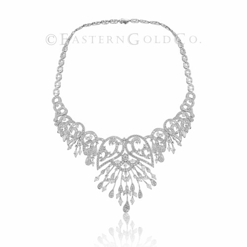 18ct White Gold Necklace Set